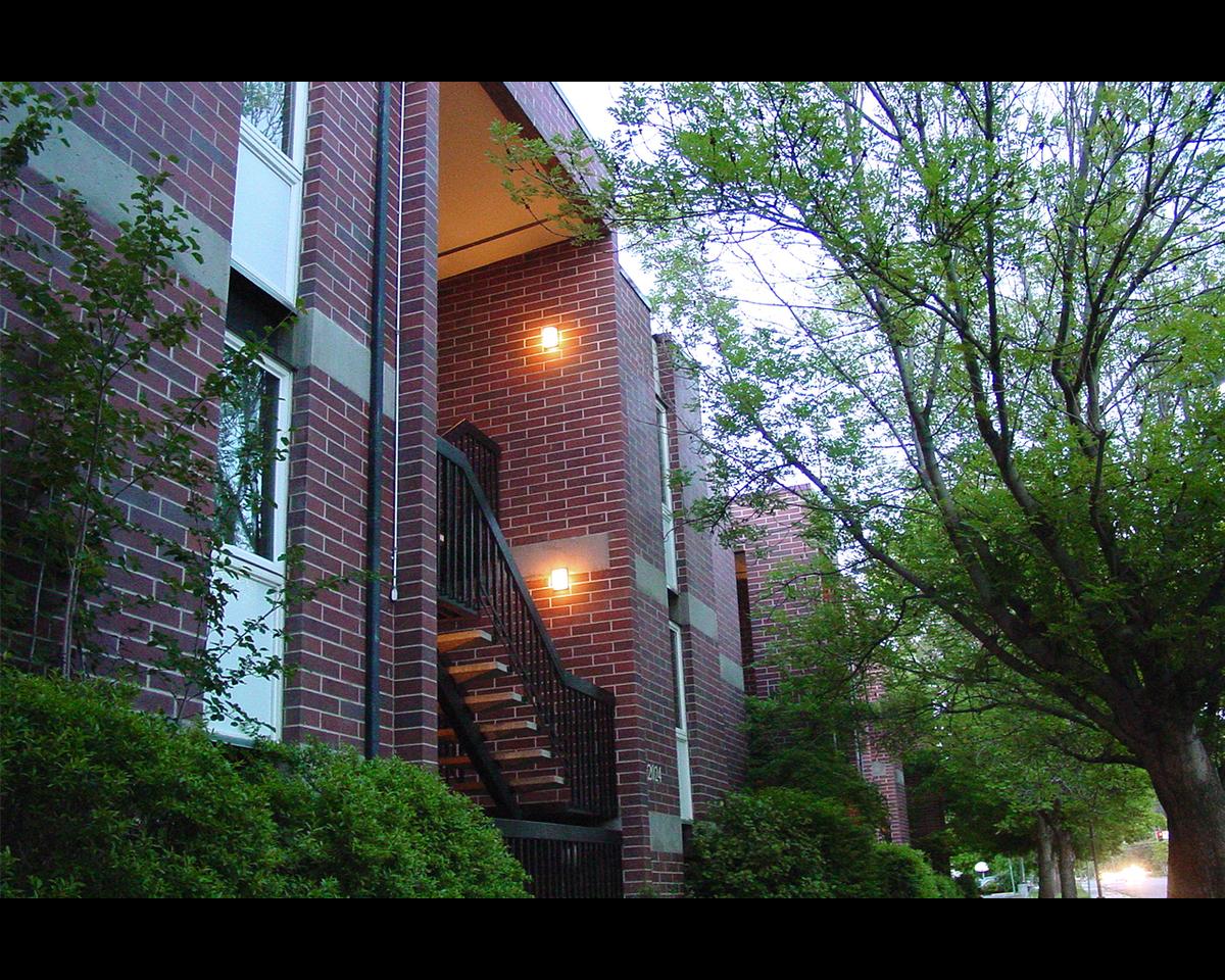 University Manor Apartments Umaa